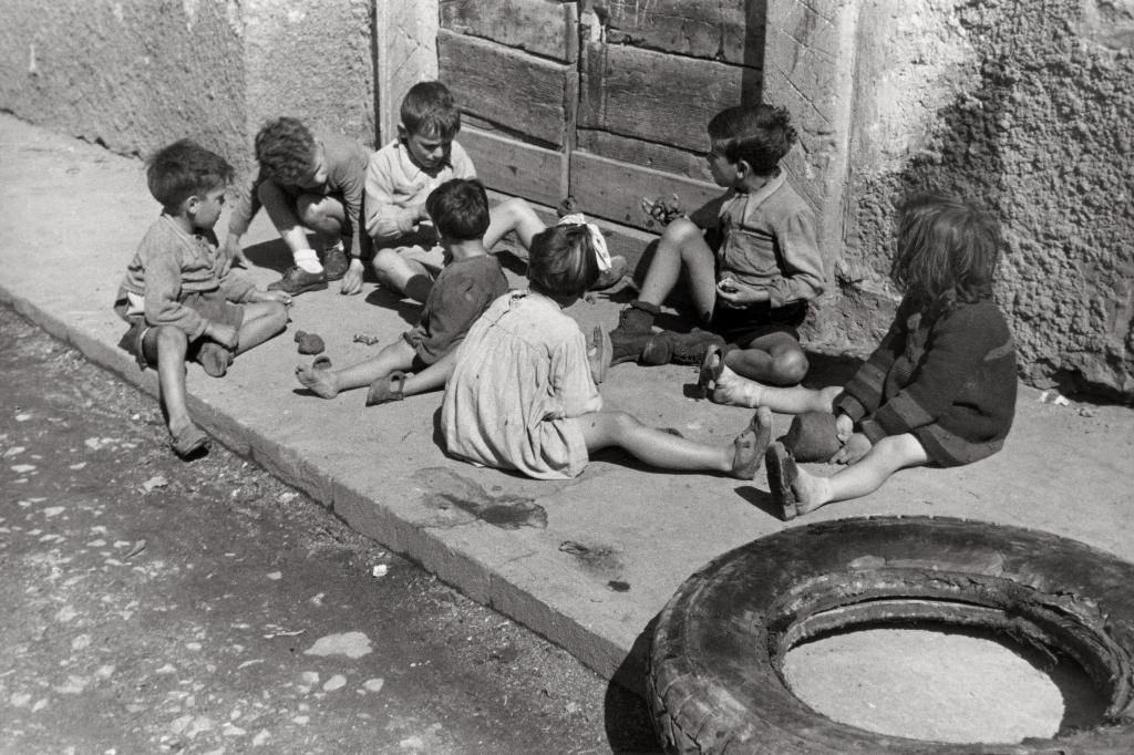Photo by Barzacchi, Boys in Rome 1937